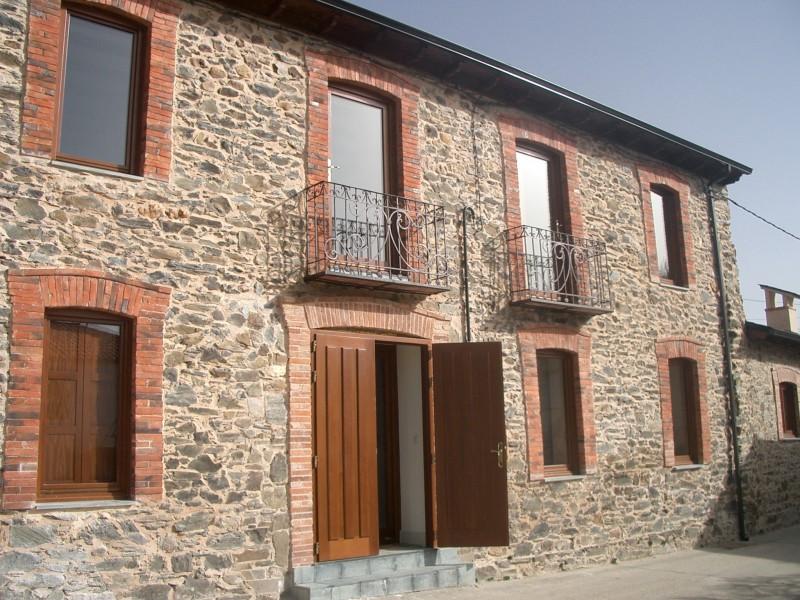 Reforma de casa de pueblo en piedra